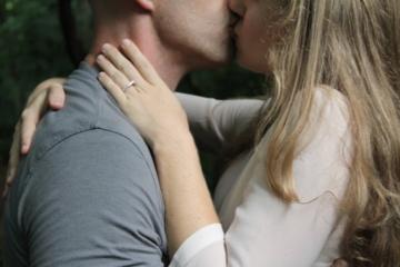 Kiek kartų per savaitę turėtų mylėtis pora, kad abu partneriai būtų laimingi?