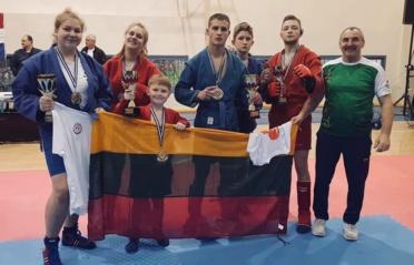 Tarptautiniame sambo turnyre– prizinės vietos