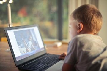 Linas Slušnys: kompiuteriai turi tarnauti žmogui ir vaikai jokia išimtis