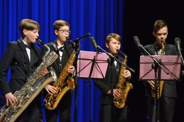 """Konkurse – festivalyje """"Muzikuokime drauge"""" – ansambliai iš šešiolikos mokyklų"""