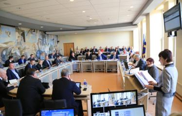 Tarybos posėdis prasidėjo opozicijos priekaištais