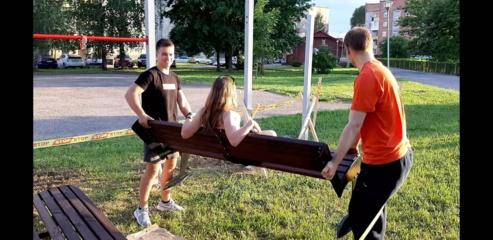 Aktyvus jaunimas gražina miestą ir skatina sportuoti