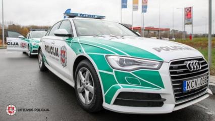 Vilniuje susidūrė du policijos automobiliai