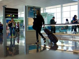 Į Vilnių atskridusiame lėktuve pavogta kuprinė, nuostolis – beveik 11 tūkst. eurų