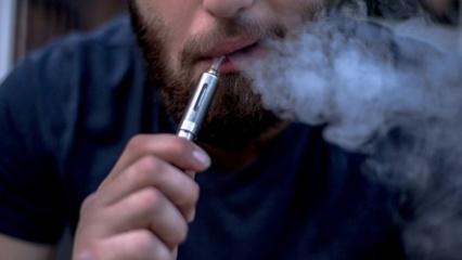 Griežtins elektroninių cigarečių patekimą į Lietuvos rinką