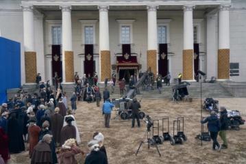 Jekateriną II vaidinusi Helen Mirren negaili pagyrų Lietuvai