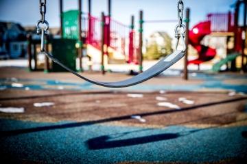 Trakų rajone tikrintos žaidimų aištelės: ar visose vaikams saugu?