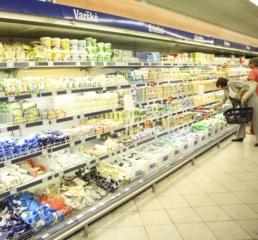 Ekonomistas įžvelgia riziką, kad eksportuotojai daug prekių ir paslaugų parduoda su atidėjimu