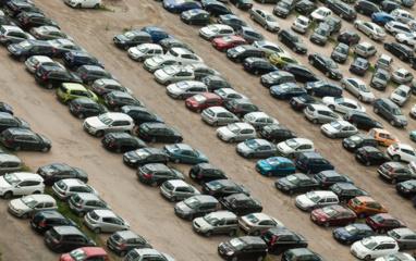 Rugpjūtį lengvųjų automobilių įregistruota beveik trečdaliu mažiau nei pernai