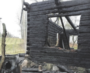 Po gaisro neliko be pastogės
