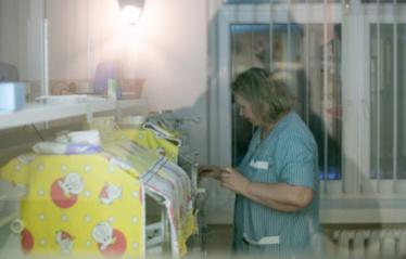 Vilniuje girta moteris pagimdė kūdikį (papildyta)