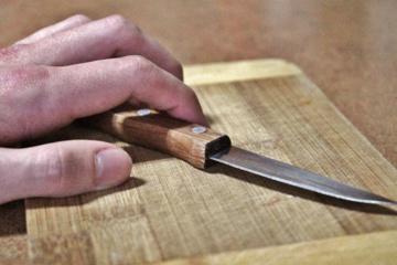 Ukmergėje vyras peiliu sužalojo moterį