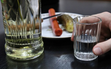 NTAKD: apsinuodijimų alkoholiu per karantiną sumažėjo beveik dukart