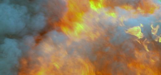 Akmenės rajone atvira liepsna degė sunkvežimis