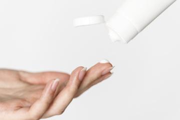 Rankų priežiūros ABC: kenkia net ir nedidelis šaltukas