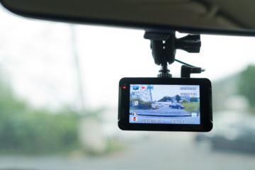 Tyrimas: Baltijos šalyse vaizdo registratorius labiausiai pamėgę Lietuvos vairuotojai