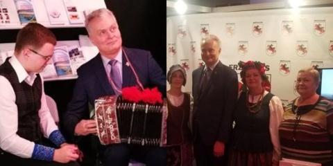 Knygų mugėje dalyvaujančius eržvilkiškius aplankė Prezidentas Gitanas Nausėda