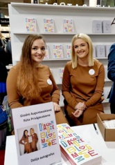 Tinklaraštininkės išleido knygą, kurioje atskleidžia motinystės kelią