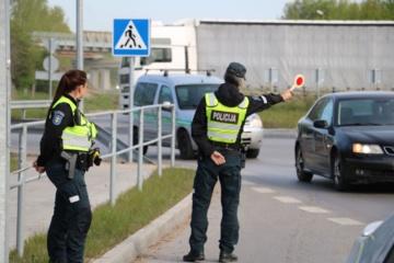 Ilgąjį šventinį savaitgalį budės sustiprintos policijos pajėgos