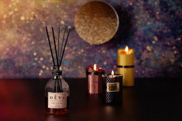 Namų jaukumui ir dvasinės prabangos kūrimui  – unikalios DEVA Simple Posh žvakės
