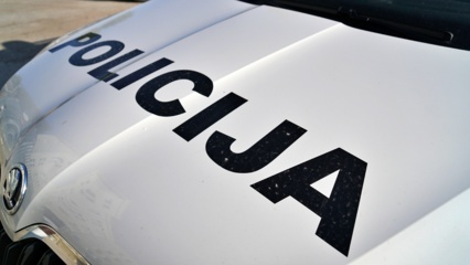 Panevėžio rajone apsivertus automobiliui, sunkiai sužalota moteris