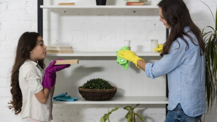 5 būdai, kaip žaidimais įpratinti vaiką tvarkytis namuose