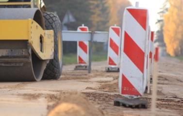 Alytaus apskričiai – daugiau nei 2 milijonai eurų kelių tvarkymui