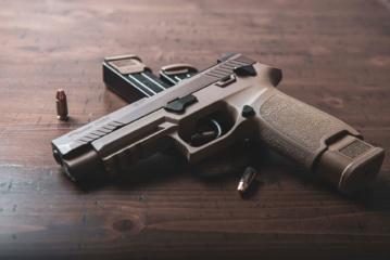 Vilniuje rasti revolveris bei pistoletas