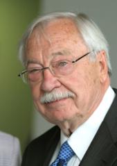 Mirė Lietuvos garbės konsulas Floridoje Stanley Balzekas
