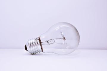 Gyventojams pinga elektra ir dujos