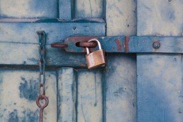 Lieplaukės kaime pagrobtas seifas su pinigais