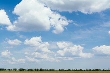 Orai: po gaivesnės pertraukos grįš 30 laipsnių karštis