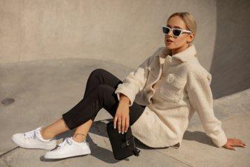 Stilistė V. Šaulytė: pandemija pakeitė biuro aprangos stilių – rudenį pasitiksime kitaip