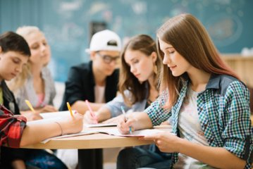 Panevėžio mokyklos ir verslas vienijasi – sieks ugdyti geriau darbo rinkai pasirengusį jaunimą