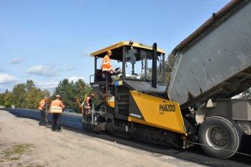 Šiandien bus baigta asfaltuoti Joneliškio gatvė