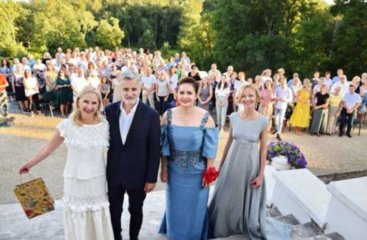 Molėtų kultūros centro salė prisipildys stebuklų