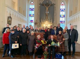Deimantinės vestuvės Musninkų miestelio šviesuolių šeimoje