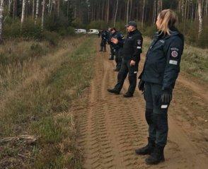 llgiau nei parą miške ieškotas vyras rastas gyvas ir sveikas