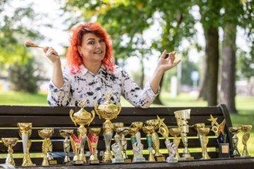 Grožio meistrė iš Pagėgių vyksta į konkursus užsienyje