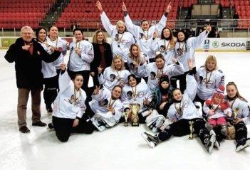 """Elektrėnų ledo ritulio komandos HC """"Amber"""" sezonas kupinas iššūkių"""