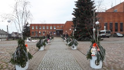 Kalėdų laukimas: Alytaus rajono gyventojai ir bendruomenės kviečiamos puošti savo kiemus