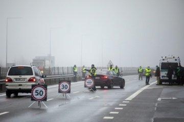 Policija žada intensyviau vykdyti judėjimo kontrolę, stebėti susibūrimų vietas