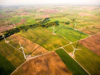 Vėjo elektrinės ir žemdirbystė: ką reikia žinoti ūkininkams?