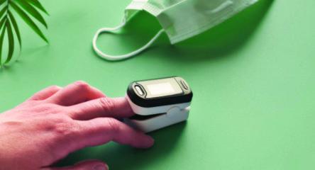 Lakuoti nagai ir pulsoksimetras – nesuderinami