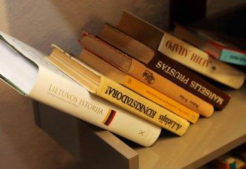 """Sostinėje uždarius Pavilnio biblioteką, pradės kursuoti """"bibliobusas"""""""