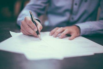 Teisingumo ministerija: testamentus sudaro vis daugiau jaunų žmonių