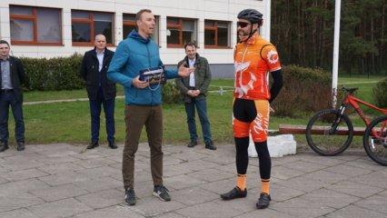 Ukmergėje populiarėja dviračių sportas: savo veiklą pradėjo pirmasis jaunųjų dviratininkų būrelis