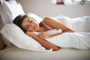 Ką miego poza išduoda apie mus?