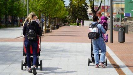 Eismo ypatumai: trečdalis žmonių nevažinėja viešuoju transportu, septintadalis – nevaikšto pėsčiomis