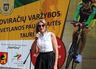 Mosėdyje aukšto meistriškumo dviračių varžyboms startą davė profesionali Lietuvos treko dviratininkė, olimpietė Svetlana Pauliukaitė-Dräger